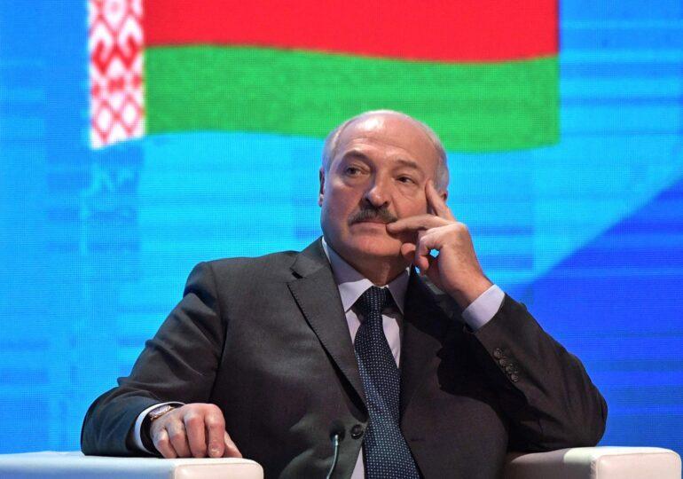Adina Vălean, despre avionul deturnat de Lukașenko: Pe surse, erau și români la bord. MAE spune că nu erau