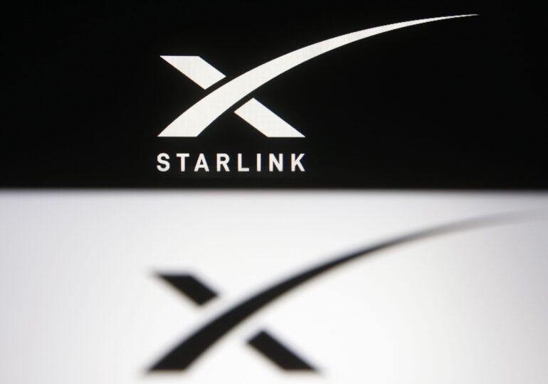 Elon Musk a bătut palma cu Google, care va folosi rețeaua Starlink în serviciile de cloud