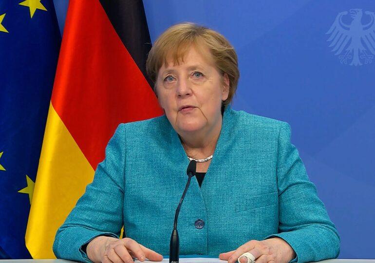 """Angela Merkel speră că nu va intra în istorie ca o persoană """"leneșă"""""""