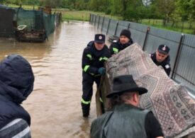 Cod portocaliu de inundații în 16 județe