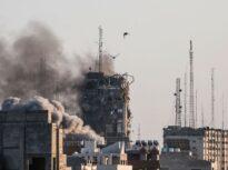 Militanţii Hamas au lansat zeci de rachete spre Israel, după ce atacurile aeriene au ucis comandanţi ai grupării