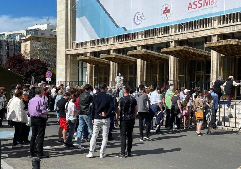 Maratonul Vaccinării din București a fost un succes: Peste 20.000 de persoane au fost imunizate în total