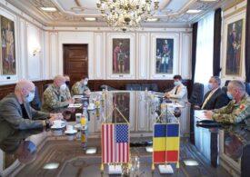Ministrul Ciucă a discutat cu şeful Comandamentului Forţelor pentru Operaţii Speciale ale SUA în Europa despre securitatea la Marea Neagră și retragerea din Afganistan