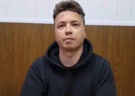 Mama jurnalistului Roman Protesevici spune că fiul ei a fost torturat în închisoarea din Belarus: L-au strâns de gât pentru a scoate dovezi de la el
