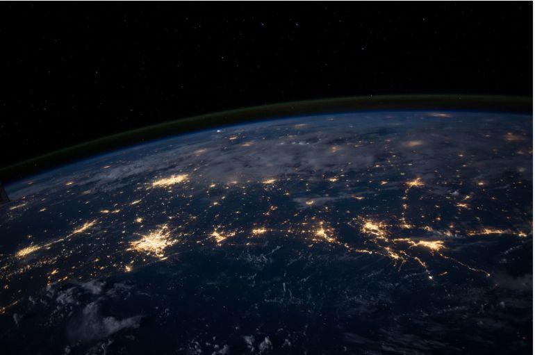 Stratosfera s-a subțiat cu 400 de metri din anii '80 încoace. Cercetător: Este şocant şi periculos
