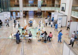 Peste 60.000 de persoane au fost vaccinate în centrele drive-thru din țară în acest weekend