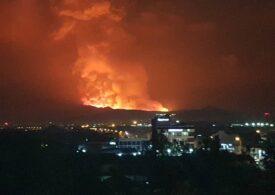 Un celebru vulcan a erupt brusc: În localitățile din apropiere s-a instalat panica (Foto&Video)