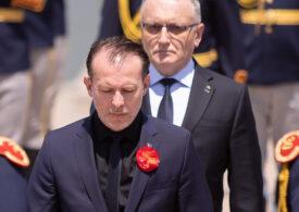 Cîțu și Cîmpeanu au votat împotriva educației sexuale, după care s-au declarat supărați de rezultat