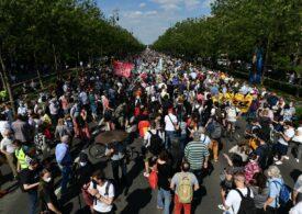 Protest cu 10.000 de oameni la Budapesta față de construirea unei universități chineze în oraș