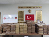 O tonă de cocaină a fost confiscată într-un port al Turciei