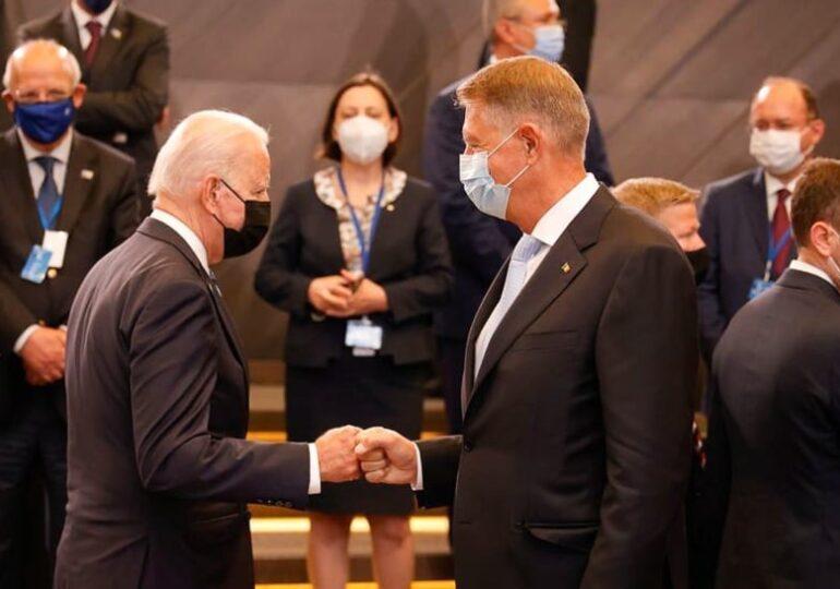 Iohannis spune că l-a invitat pe Biden în România: A fost perfect de acord să încercăm să organizăm o astfel de întâlnire