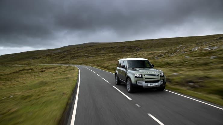 Land Rover lucrează la o maşină pe hidrogen, cu performanţe off-road