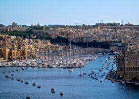 Malta s-a răzgândit și primește și turiști nevaccinați antiCovid. Vor sta însă în carantină