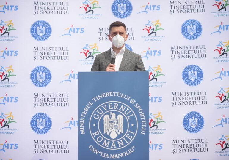 """Ministrul Sportului, Eduard Novak, confirmă accidentul: Eram la volan, în drum spre Bucureşti, pentru a participa la meci - <span style=""""color:#ff0000;font-size:100%;"""">UPDATE</span>"""