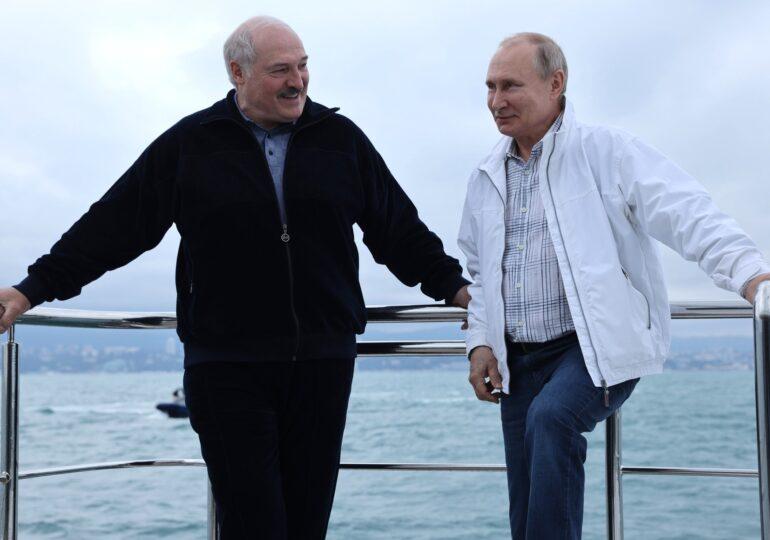 După bugetul rus, viitorul lui Lukașenko e cam sumbru