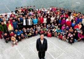 A murit bărbatul cu cea mai mare familie din lume. Avea 39 de soții și 94 de copii