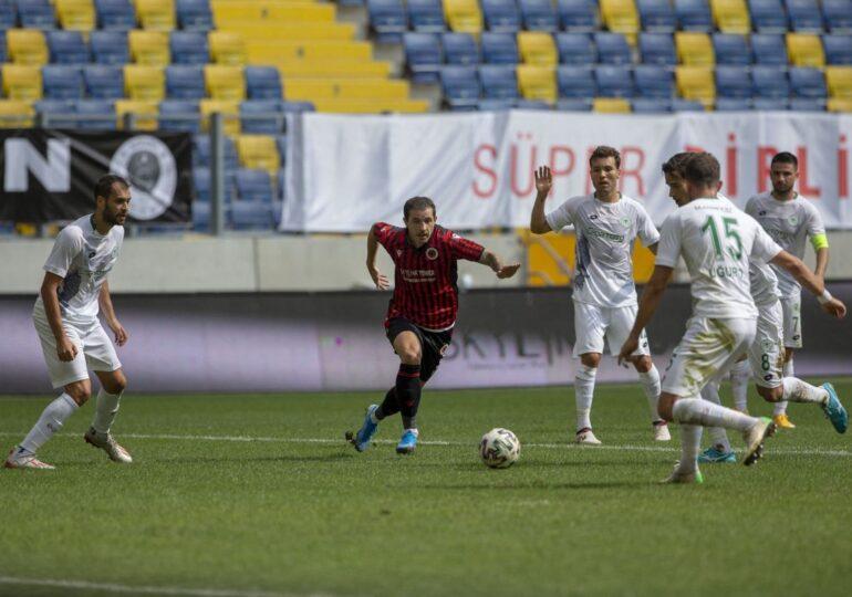 Presa din Turcia anunță un nou transfer la FCSB