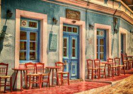 Vești bune pentru turiști: Grecia renunță la mască în exterior și la restricțiile de circulație pe timpul nopții