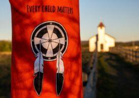 Papa Francisc a lansat un apel la reconciliere şi vindecare, după descoperirea a 215 schelete de copii la o fostă şcoală din Canada