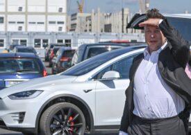 Elon Musk a anulat Plaid Plus, cea mai scumpă variantă a Tesla Model S