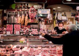 Exportul către China va transforma carnea de porc într-un lux. Deja s-a scumpit simțitor și românii nu mai cumpără