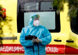 Exasperați de miile de cazuri zilnice de Covid, rușii din Moscova fac loterii cu mașini și apartament pentru cei vaccinați