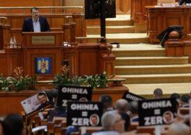 A fost dezbătută moțiunea împotriva ministrului Ghinea. PNRR condimentat cu Freud, Benny Hill, proști, hoți și mincinoși (Video)