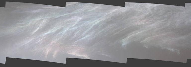 Unii nori sunt strălucitori pe Marte! Imaginile spectaculoase transmise de roverul Curiosity