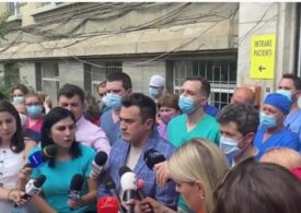 Protest cu zeci de angajați la Institutul de Transplant Renal din Cluj, după ce Ioana Mihăilă a anunțat reorganizarea. Ce promite ministrul (Video)