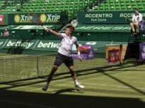 Surprize mari la debutul turneelor pe iarbă. Favoriții numărul 1 de la Halle și Birmingham, eliminați în primul tur