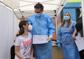 Peste 123.000 de copii şi tineri între 12 şi 19 ani s-au vaccinat împotriva Covid, în România
