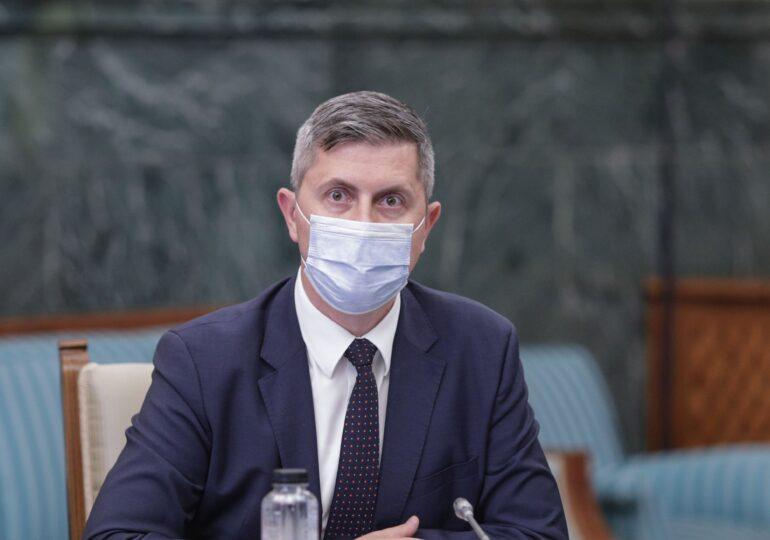 Barna vorbește de vaccinare anti-COVID obligatorie pentru personalul medical. UDMR e de acord cu măsuri mai dure