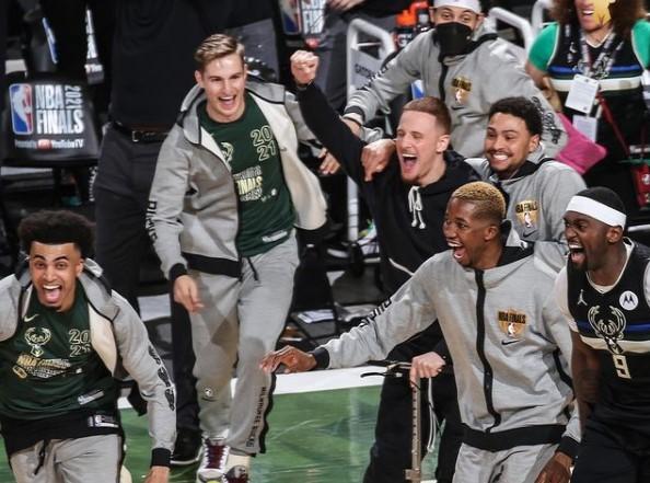 NBA: Milwuakee Bucks a câștigat al doilea titlu din istorie