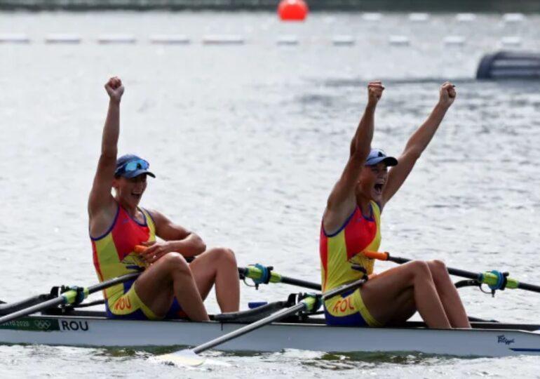 Jocurile Olimpice: România câștigă la canotaj prima medalie de aur după o  cursă fenomenală făcută de Simona Radiș și Ancuța Bodnar