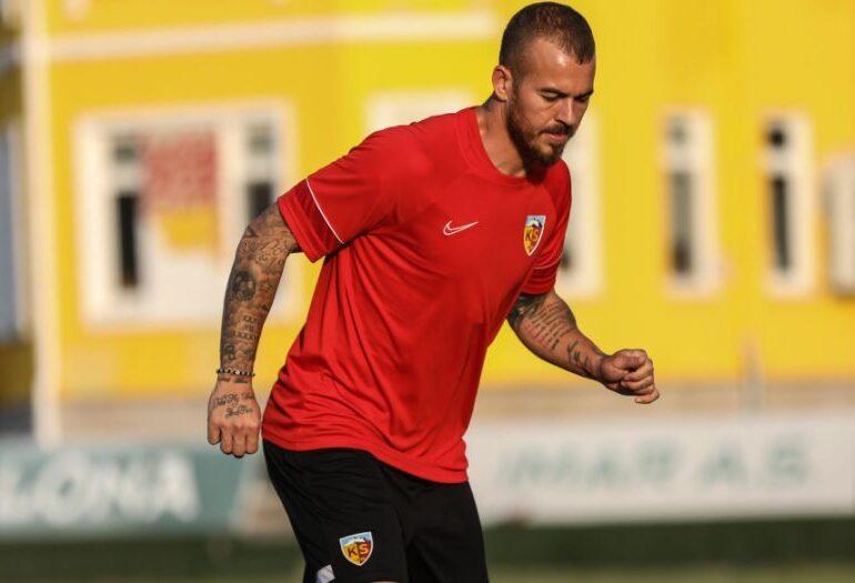 CFR Cluj, avertizată după transferul lui Denis Alibec