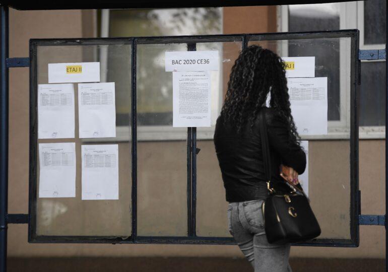 România este pe ultimul loc în Uniunea Europeană la numărul de absolvenţi cu studii superioare