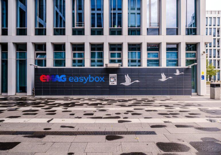 eMAG lansează un nou serviciu: livrarea în aceeași zi, inclusiv sâmbătă și duminică