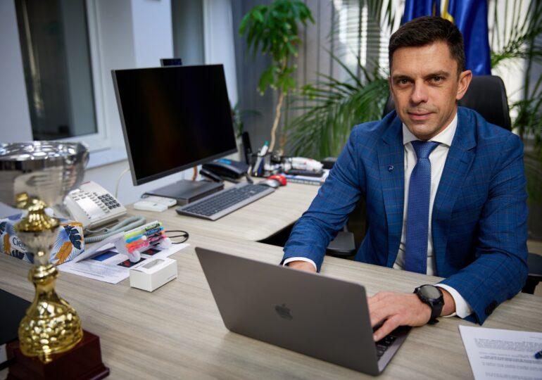 Eduard Novak: Ar fi un dezastru interzicerea suporterilor pe stadioane