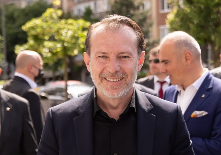Florin Cîțu, în campanie: Noi nu suntem PSD, nu ne atacăm singuri premierul