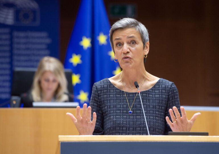 Taxa digitală a Uniunii Europene se va aplica la sute de companii