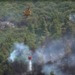 Patru sate, evacuate în Peloponez (Grecia) din cauza unui incendiu major de pădure: Spitalele sunt în alertă