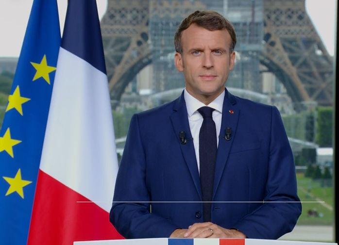 Deciziile lui Macron privind vaccinarea obligatorie și participarea la evenimente doar cu certificate Covid generează controverse juridice în Franţa
