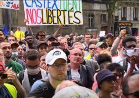 Zeci de mii de persoane au ieșit în stradă, în Franța, împotriva permisului sanitar