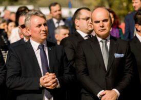 """Rareş Bogdan: Poate ar trebui făcut un minister al """"Transporturilor Interne"""", un minister al Transporturilor şi al Afacerilor Interne împreună, condus de Lucian Bode"""