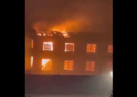 Incendiu de vegetaţie pe insula Sardinia: Sute de locuitori au fost evacuaţi (Foto)