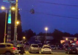 Peste 100 de persoane au rămas blocate în telegondola din Mamaia (Video)