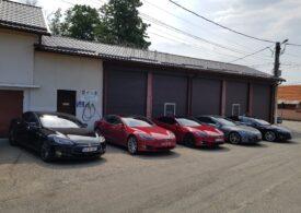 Automobilele Tesla dispun acum şi de meniu în limba română