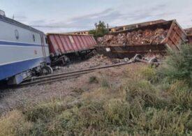 Mecanicul de locomotivă care a provocat accidentul de la Feteşti a fost reţinut