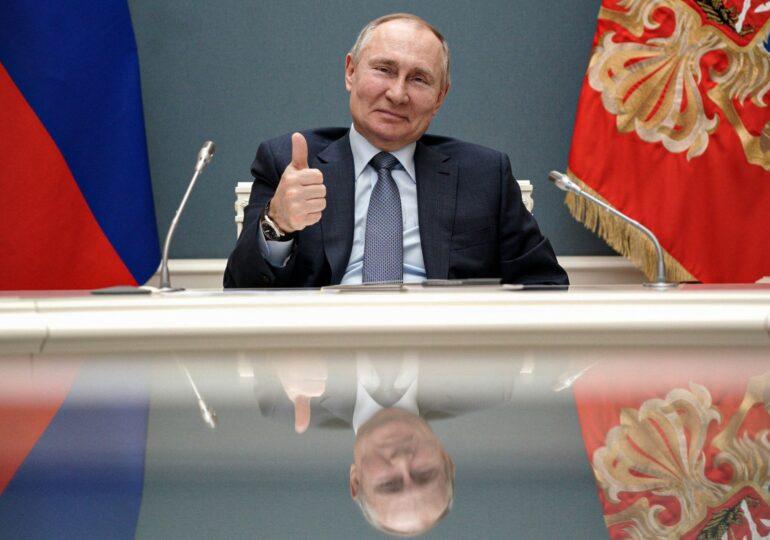 """Articolul care a deschis """"Cutia Pandorei"""". Putin promite că nu va ocupa noi teritorii din Ucraina, oricât i-ar cere-o partidul"""