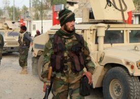 Talibanii au cucerit  Kandaharul. Americanii şi britanicii trimit trupe, doar ca să-şi evacueze civilii. UE vine cu ameninţări deşarte